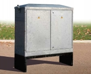 Lucy Fortress Feeder Pillars, Galvanised Steel - Size 16