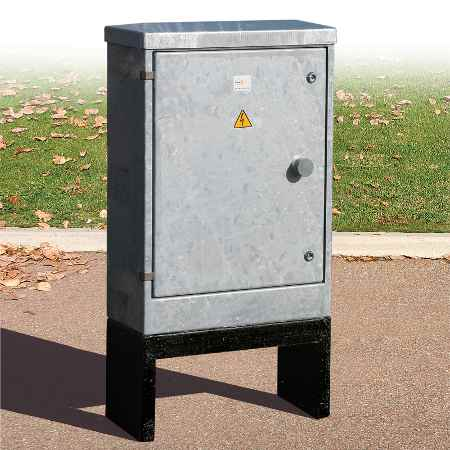 Galvanised Feeder Pillar - Lucy Fortress - 10HDG3